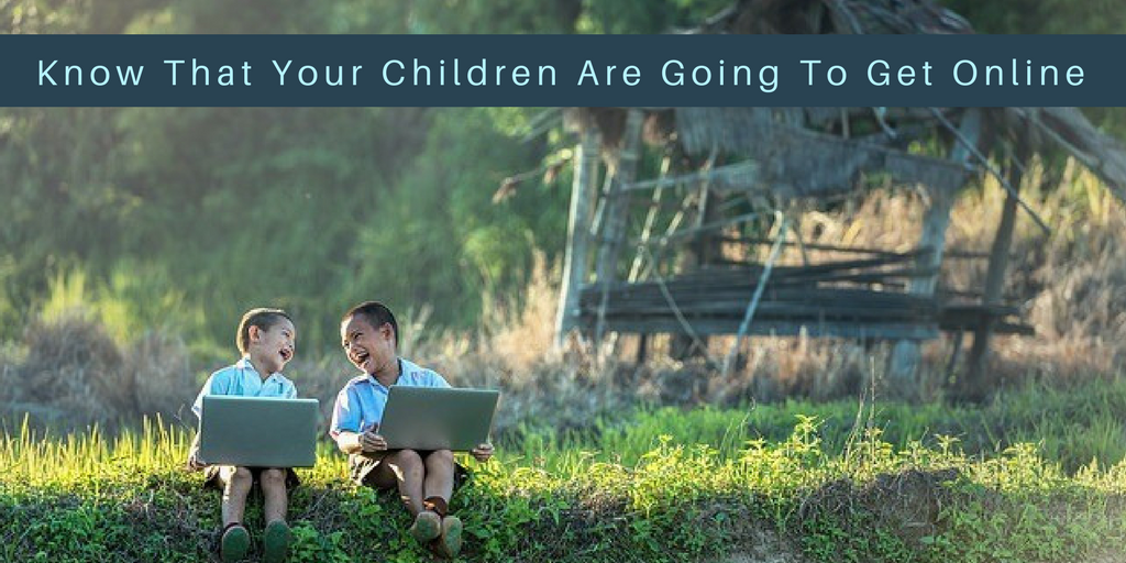 How to Keep Your Kids Safe on the Internet  #onlinesafetykids #onlinesafetychildren