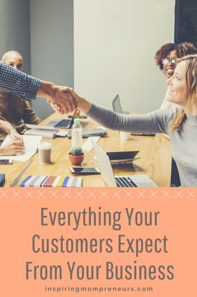 Do you know what your customers want from you? Start with what all customers want. Start here. Read more at inspiringmompreneurs.com #HowtoGiveCustomersWhatTheyWant