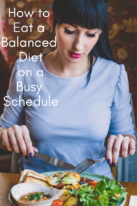 In our fast-paced world it's so easy to neglect ourselves. Helen Bradford gives brilliant tips to eating healthily when we're on the run in this helpful guest post. #howtoeatabalanceddiet #eathealthyontherun #healthydiet