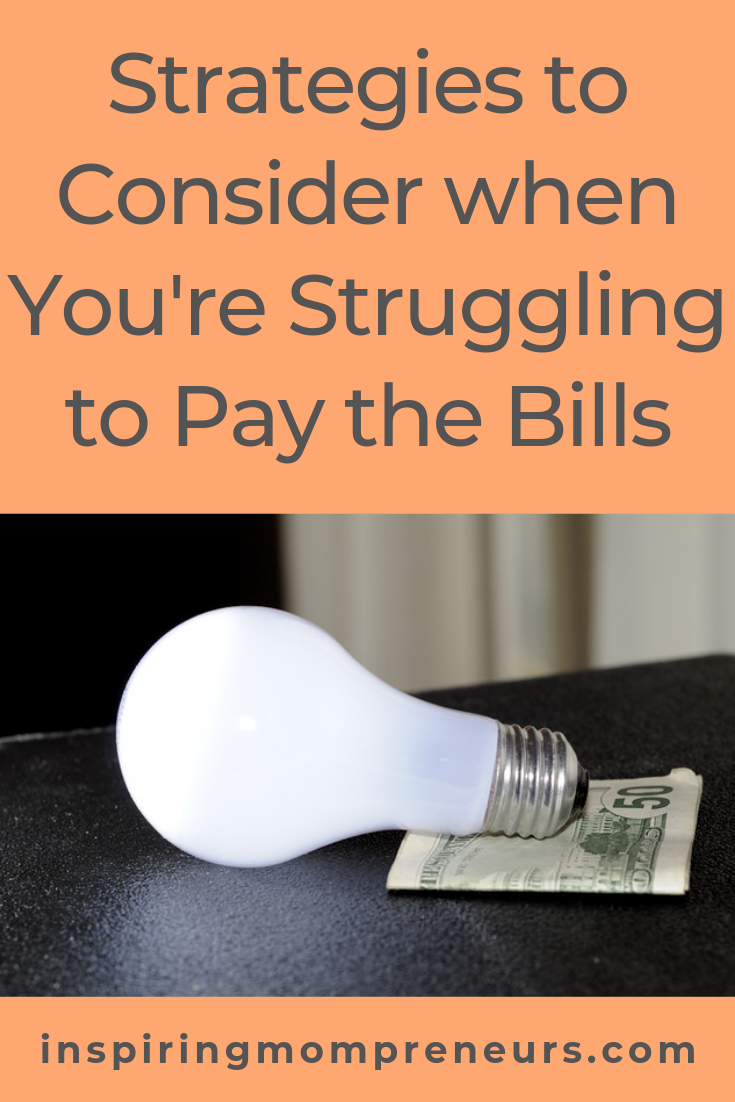 Struggling to make ends meet? Here are 4 of our top strategies to turn your finances around. #strugglingtopaybills #budgeting #savemoney #reduceexpenses #increaseincome