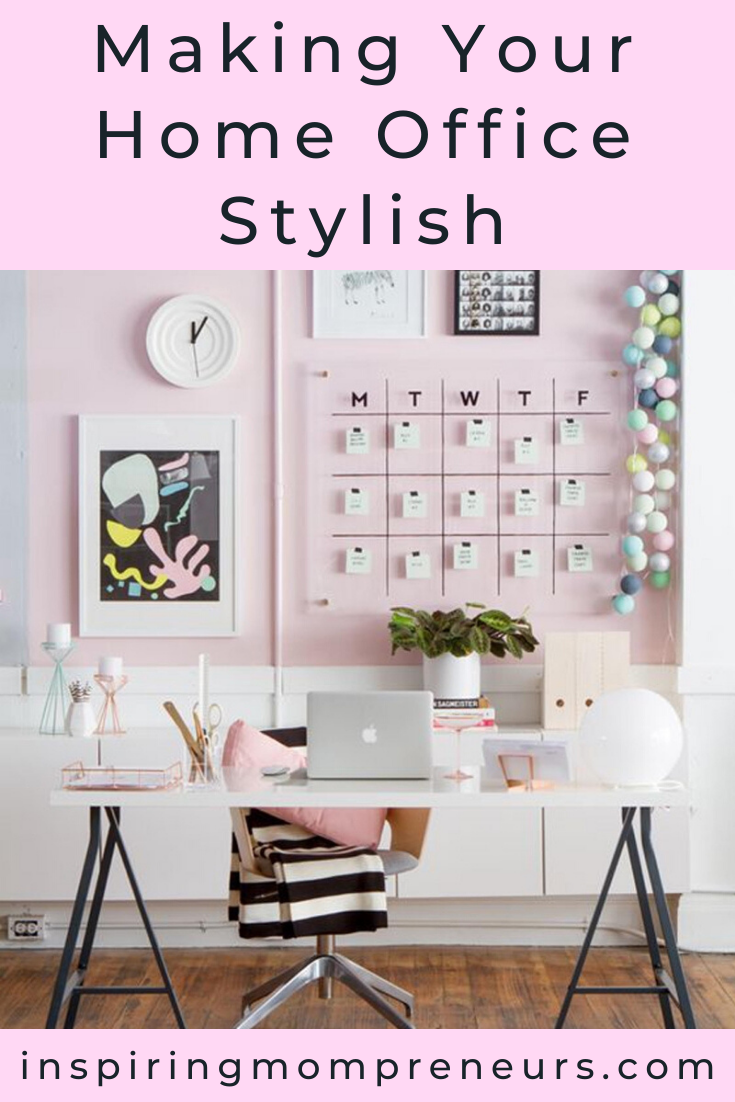 Your office design should inspire you to work. With a few simple adjustments, you can transform your home office into a place that oozes efficiency. #homeofficedesign #makingyourhomeofficestylish