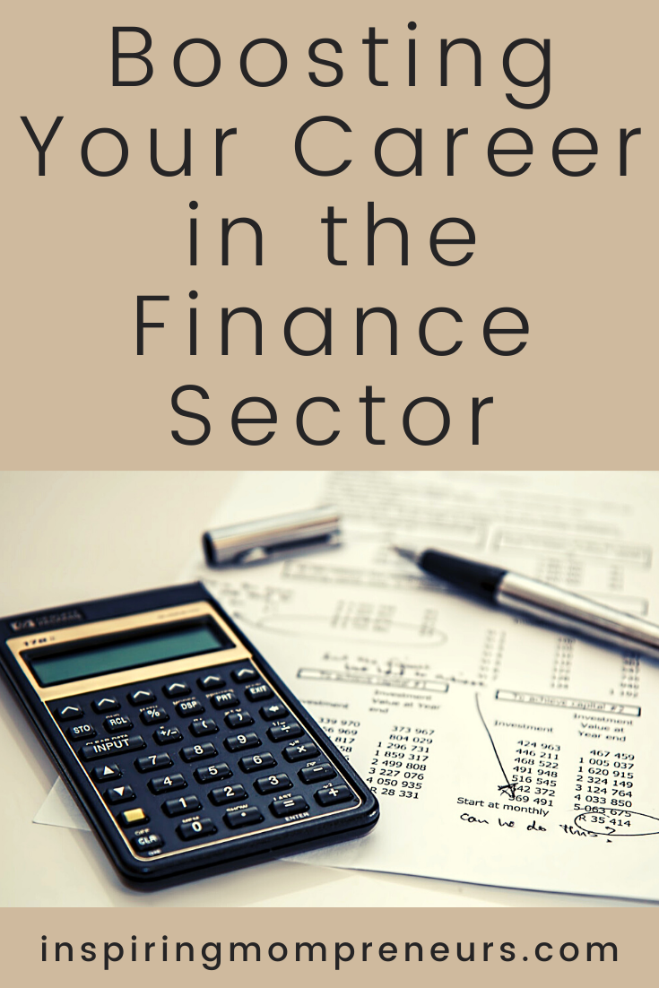Looking to boost your career in the financial sector this year?     Here are a couple of key ways you can do this.  #careertips #financecareer #financialsector #boostyourcareer